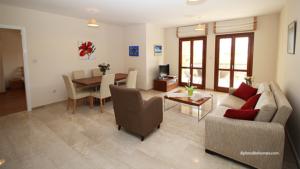 Luxury Apartment in Aphrodite Hills 231