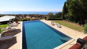 Front Line Luxury Villa 296