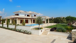 Magnificent Villa 142